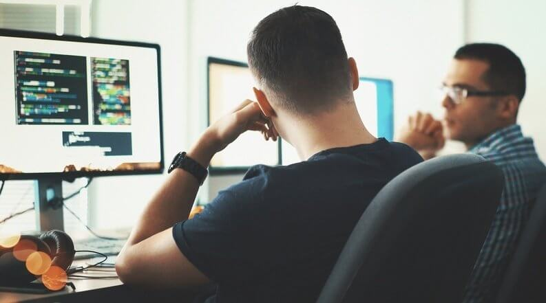 On-Site IT Support vs. Remote IT Support: 3 Things To Consider